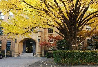 慶應義塾の2つのキャンパス 日吉と三田って、どっちが良いの?